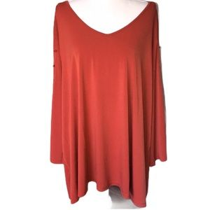 Avenue VIP 26-28 NWT rust colored top